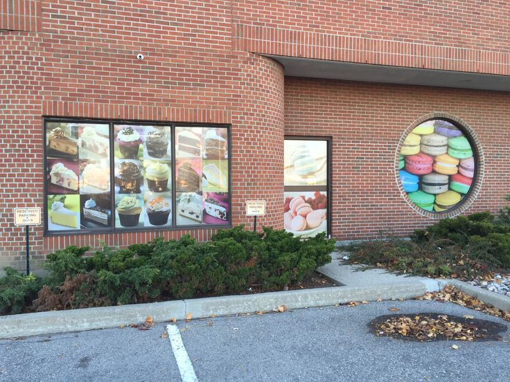 Full coverage window graphics with perforated vinyl. #windowgraphics #signstoronto #storefrontsigns
