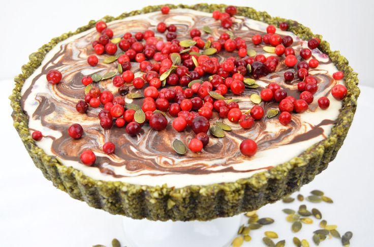 veggielicious-lingonberrycake