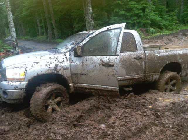 dodge ram in the mud needs my ford f150 to pull it out trucks pinterest chevy vintage and the ojays - Dodge Ram 1500 Lifted Mudding