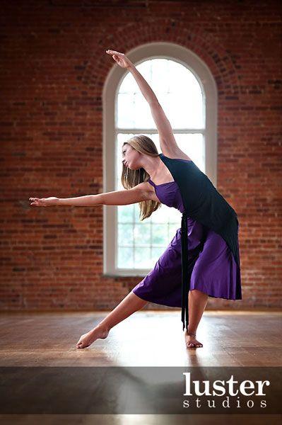 senior picture poses   Dance Senior Portraits » Luster Studios
