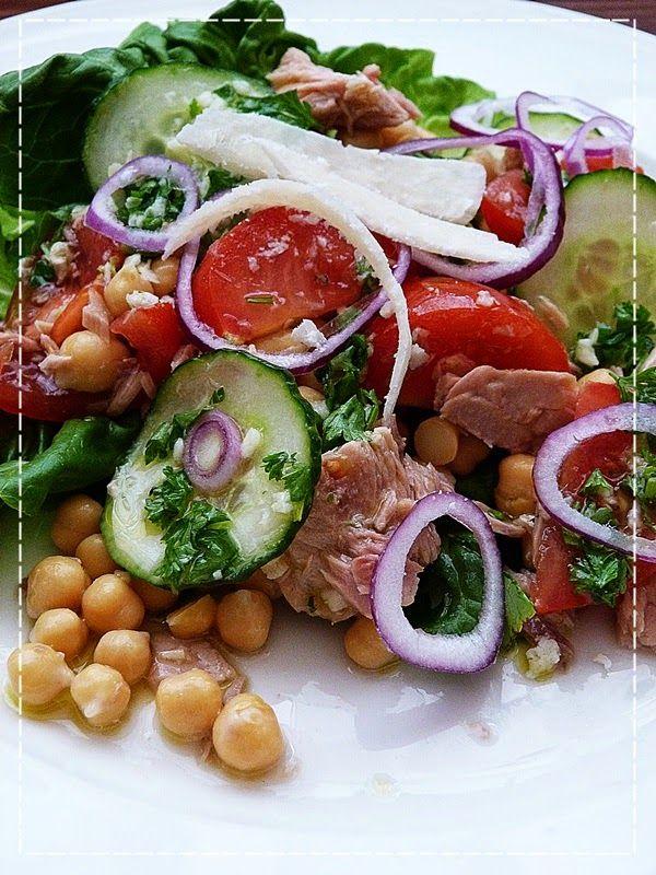 Kouzlo mého domova: Zeleninový salát s tuňákem a cizrnou
