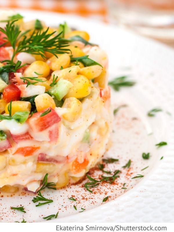 Krabbensalat mit Reis Salat s krabami i risom - Крабовый салат с рисом - Russische Rezepte