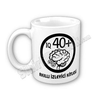 Komik hediyeler ile çay ve kahve keyfinizi daha keyifli bir hale getirebilirsiniz. Akıllı İzleyici Kitlesi Bardak seçenekleri için tıklayın.  http://www.sihirlibardak.com/komik-tasarimlar/akilli-izleyici-kitlesi.html