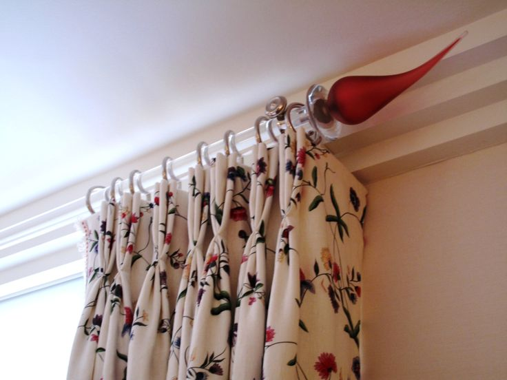 Perspex Curtain Pole with decorative Glass Finial.