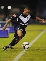 Archie Thompson do do do do