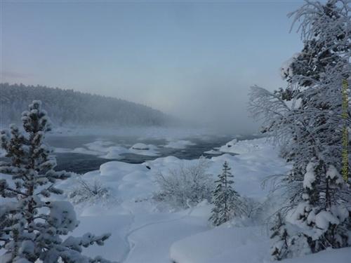 Purkijaure älven nära Forshällan, by: Daniel Decloedt. Tags: #forshällan #river #winter view