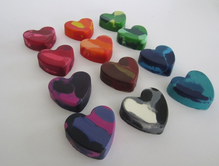 12 Heart Shaped Valentine's Day Crayons