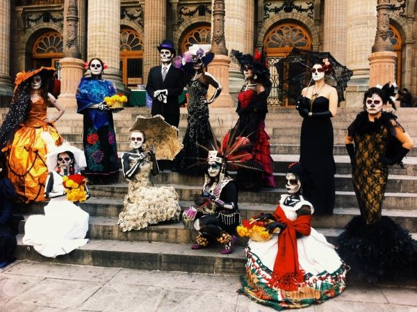 day of death november mexican tradition - Mexican Themed Halloween Costumes