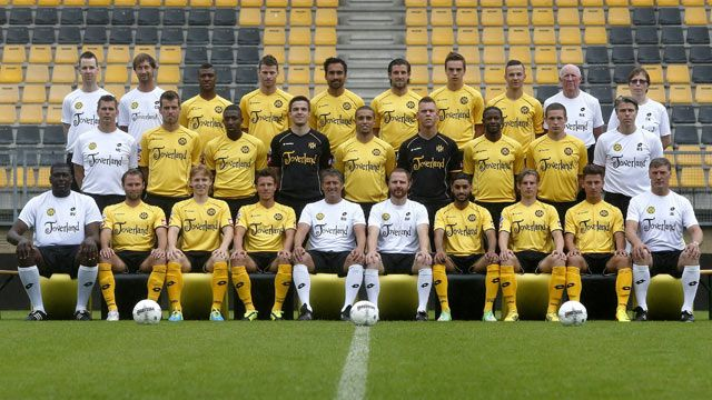 Inilah tim utama atau skuad pemainRoda JC Kerkrade di Eredivisie Liga Belanda musim 2016/2017. Skuad yang dilatih oleh Yannis Anastasiou yang ingin membawa tim kebanggan Kota Kerkrade Belanda ini …