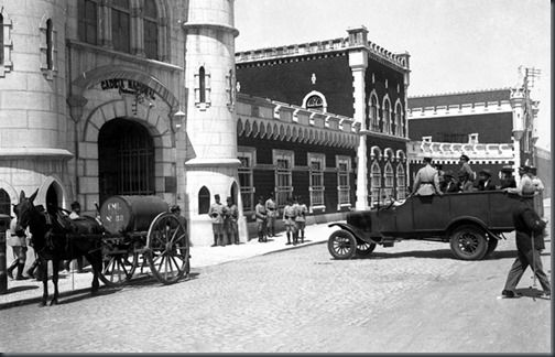 Chegada de presos ao Estabelecimento Prisional de Lisboa, 1931