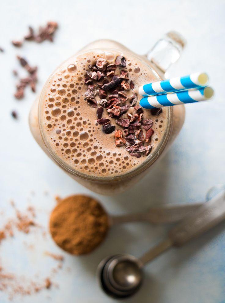 Healthy Chocolate Mocha Smoothie (vegan + gluten-free + refined sugar free)  http://www.eatingbyelaine.com/2016/08/08/healthy-chocolate-mocha-smoothie/