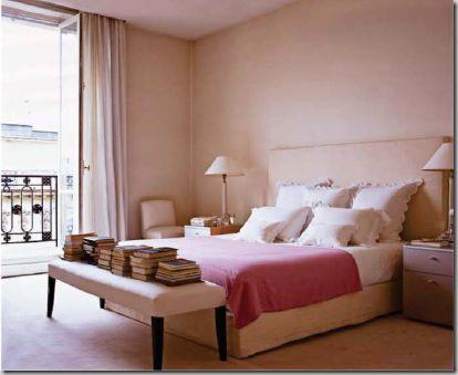 Lee's Paris bedroom.