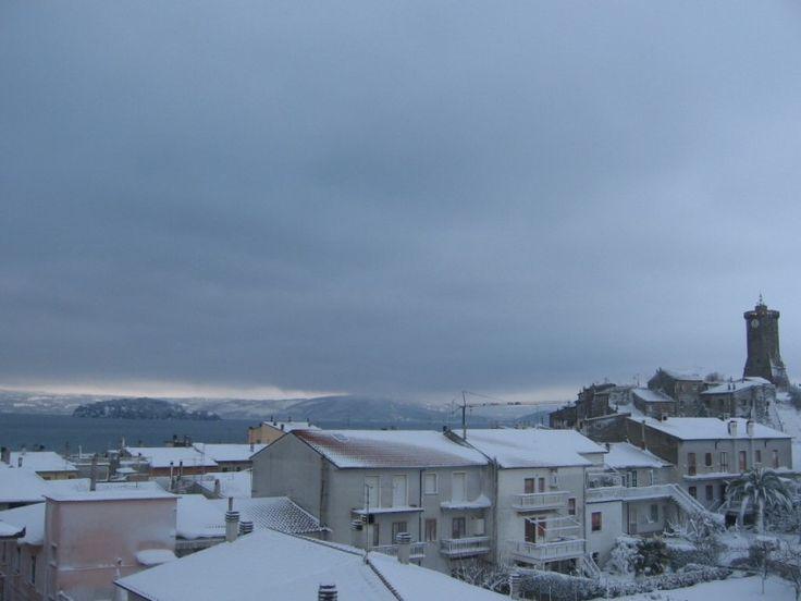 Marta (VT) e la Torre dell'Orologio dopo la nevicata dell'11 Febbraio 2012 vista dalla webcam