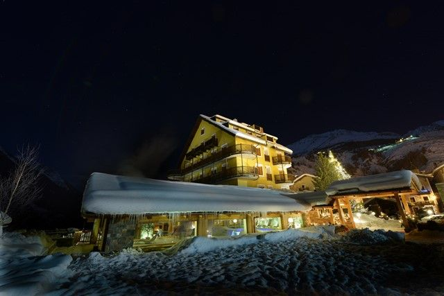 Hotel Sant'Orso****  Herzliche Gastfreundschaft und hochwertiges Service, im Herzen von Cogne gelegen. Mit exklusivem Wellnessbereich.  Buchen Sie Ihren Aufenthalt unter: http://www.cognevacanze.com/