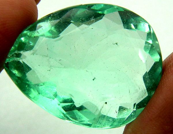 LARGE FLOURITE GREEN UNTREATED 73.89 CTS AS-AB166  FLUORITE GEMSTONE FROM GEMROCKAUCTIONS.COM