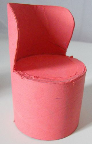 The Barbie chairs have been evolving for a few weeks now. From my initial idea that came from recycling a mailing tube, to being a shade o...