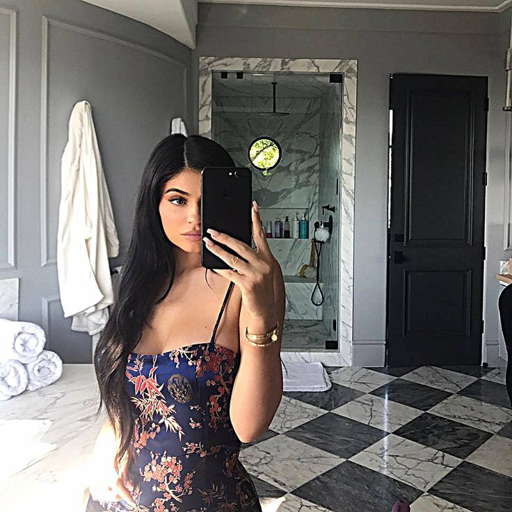 Kylie Jenner poses this stunning bathing suit selfie from her bathroom.