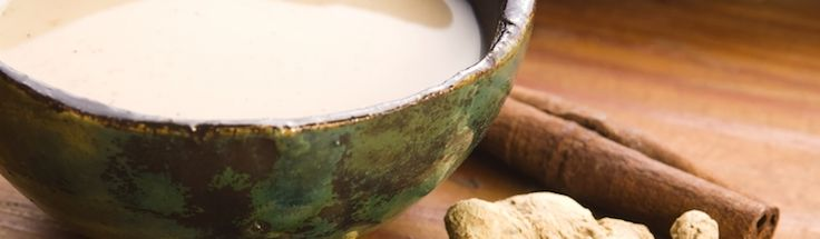 Nejen vůni Vánoc, ale i prevenci proti řadě nemocí a náhradu kávy přináší Chai. Známý také jako Yogi nebo Masala, tento indický horký nápoj nabývá na popularitě i v západních zemích.