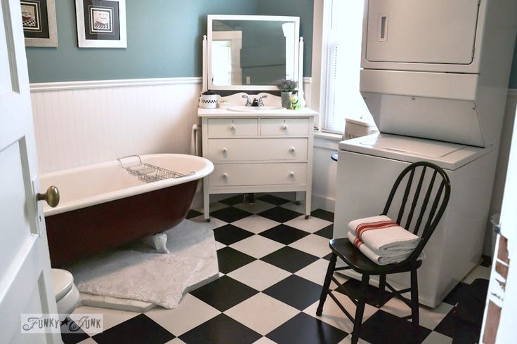 Summer adventure 4 the cozy little cottage cottages for Funky bathroom vanities