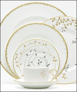 Vera wang 39 s wedgewood gilded porcelarts pinterest for Wedgewood designs