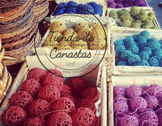 Esfera de navidad!!! #canastas #baskets #diy #ideascanastas #artesanias #canasta #canastita #colores #handmade #handcraft #artesania #mexico #mexicana #pinit #trama #tiendadecanastas #paniers #demimbre #canastamimbre #canastadecorada #navideña #babyshower #deregalo #decoraciondecanastas #vintage #cards #regalosnavidad #christmas #navidad #esferas #tejidas #vara #demimbre #pajes #boda #gift #deco #decorating #rope #natural #mexican #tienda #de #canastas #diycanastas #cestas #cestamimbre #made…