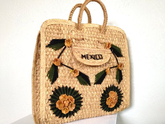 Vintage woven straw tote bag mexican beach yarn