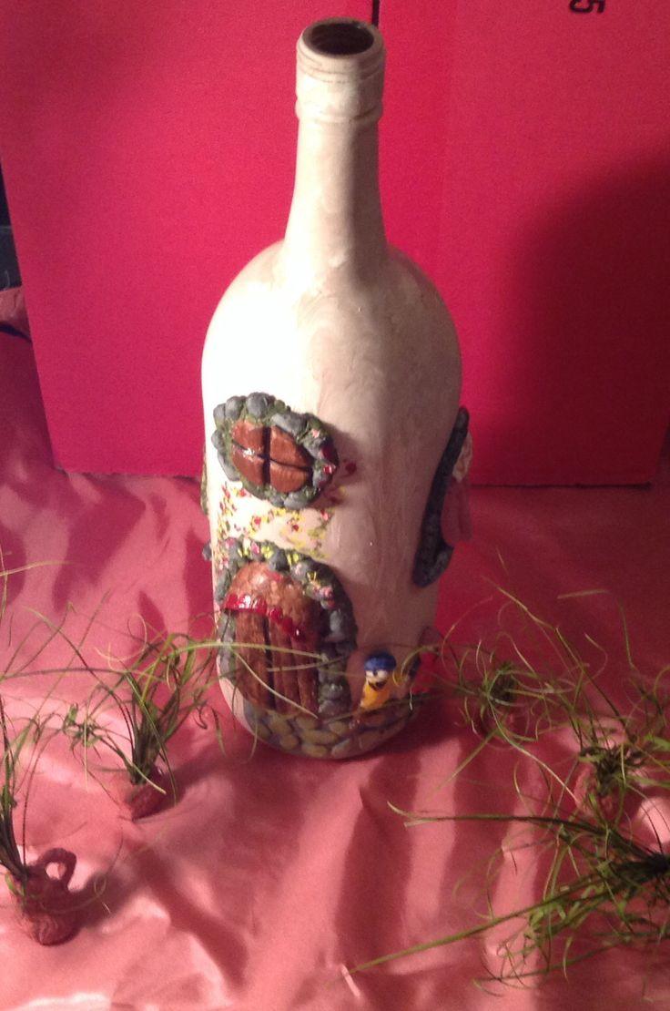 Botella de vino pintada y decorada con porcelana fria - Botellas de vino decoradas ...