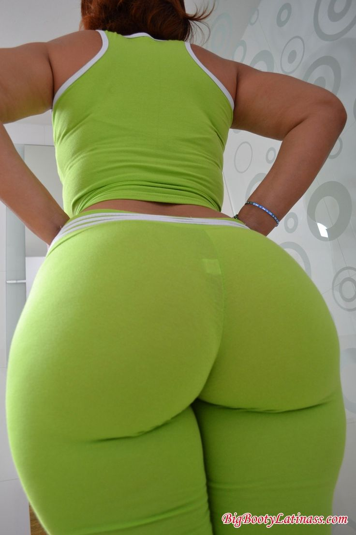 Ebony wide hips jiggly spandex ass mod