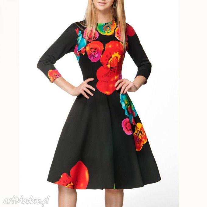 Sukienka STAR 3/4 Midi Marika (czarna) . $80