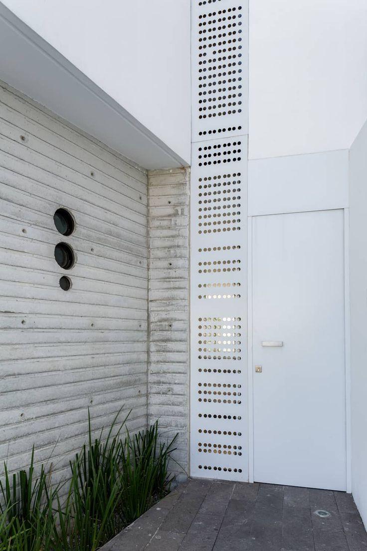 Portas e janelas minimalistas por Taller ADC Architecture Office