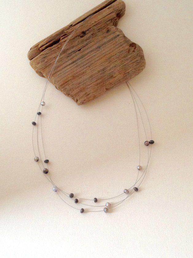 """Perlenketten - Kette mit Süßwasserperlen - """"Mystic Black"""" - ein Designerstück von MeerSchmuck bei DaWanda"""
