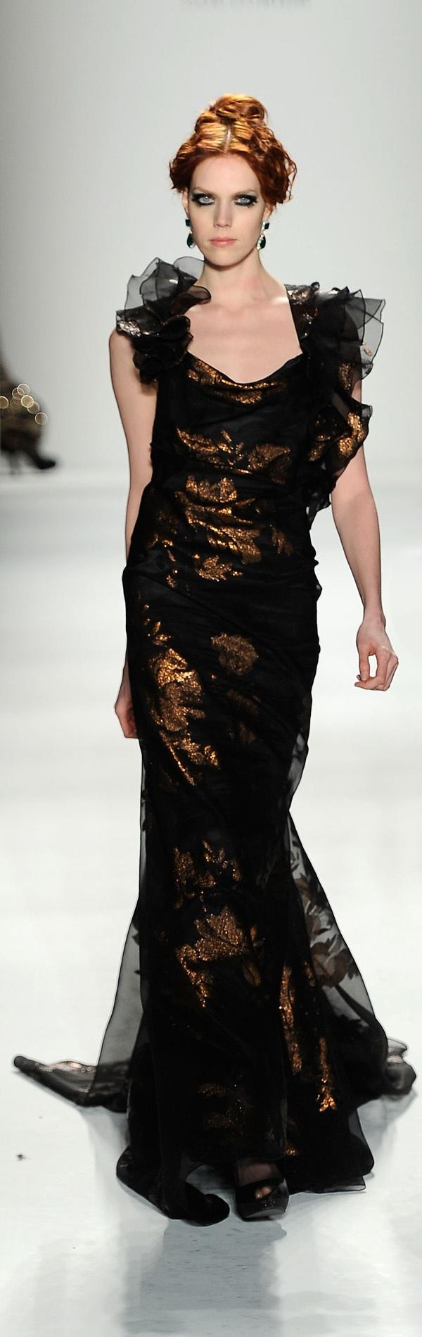 ❈ Venexiana NY Mercedes Benz Fashion Week 2012 ❈ http://www.epochtimes.com.ua/ru/fashion/shows/osen-2012-ot-venexiana--101522.html