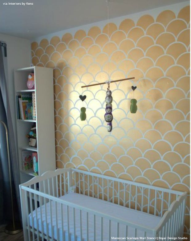 gold wallpaper wall stencils diy ideas for metallic home decor - Metallic Kids Room Interior