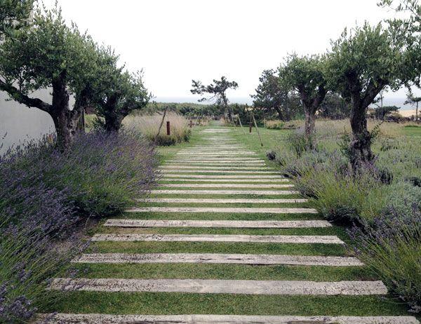 Areias do Seixo, Portugal. Railway sleeper as divider in front garden? Too slippery?