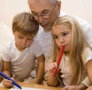 Los abuelos son el complemento perfecto para las guarderías