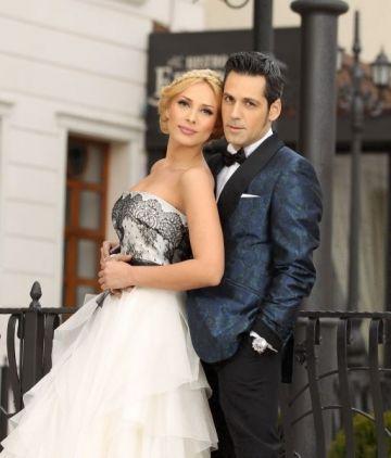 Ștefan Bănică Jr. and Iulia Vântur - a photosession smooth like a dance routine