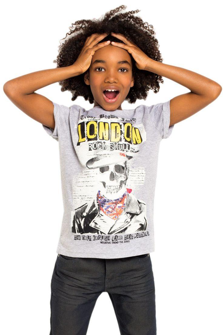 #TATI - #Tee-shirt imprimé rock london - Du 6 au 14 ans - 5€,99 => rock'n roll made in England, profitez-en aussi pour lui faire découvrir quelques grands classiques anglais tels que les Clash ou les Smith ;) http://www.tati.fr/garcon/vetement-garcon-6-a-14-ans/tous-les-produits/t-shirt-imprime-rock-london/108203/nall/d7/s/p2~46/c/b/e.html