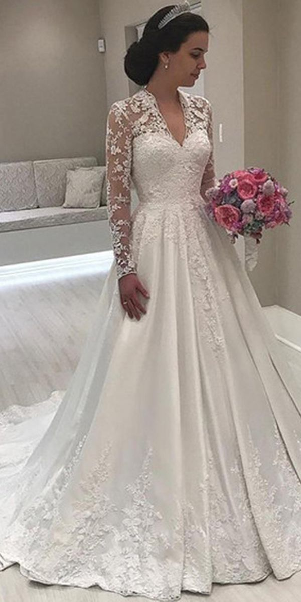 [248.99] Fantastic Tulle & Satin V-neck Neckline A-line Wedding Dress With Beadings & Lace Appliques