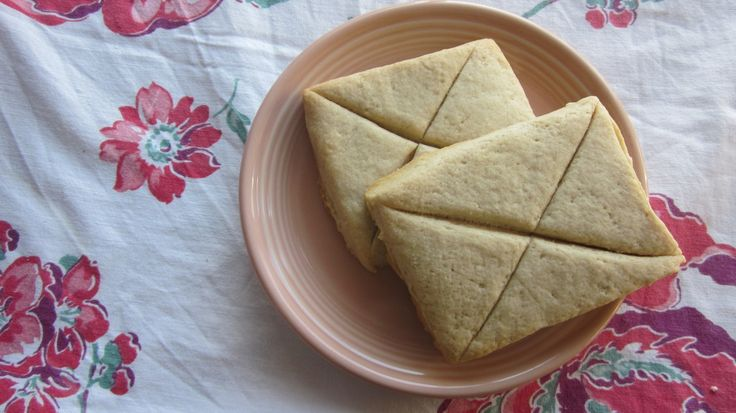 Elven Lembas bread...really tasty! I used both sugar and honey and added some nutmeg and cinnamon. It's sort of like a shortbread or sweet biscuit.