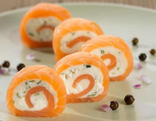 Smoked salmon and cream cheese pinwheels