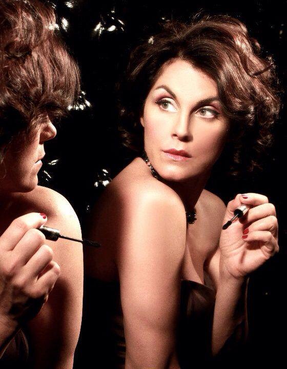 Paola volpatto maquillaje y peinado