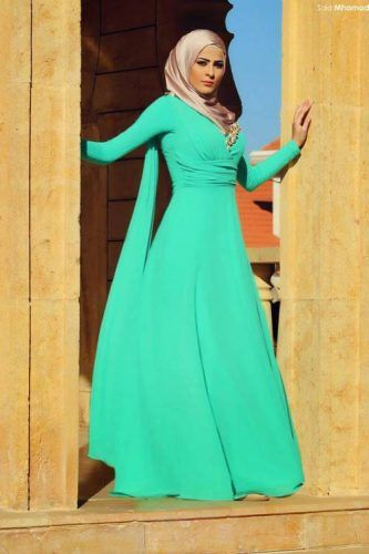 green long gown hijab chic- Summer hijab trends http://www.justtrendygirls.com/summer-hijab-trends/