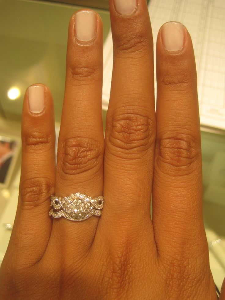 Tried on this ring by Neil Lane. LOVE NEIL LANE
