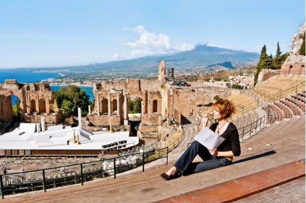 Full immersion Italian course in the heart of world famous Taormina, the most beautiful town in Sicily | ITALY Magazine