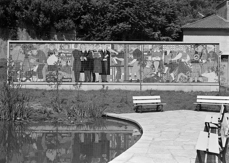 João Abel Manta | Coimbra | Associação Académica de Coimbra / Academic Association of Coimbra | 1960 | Biblioteca de Arte - Fundação Calouste Gulbenkian | Fotografia: © Estúdio Horácio Novais #Azulejo #AzulejoDoMês #AzulejoOfTheMonth #AbelManta #Coimbra