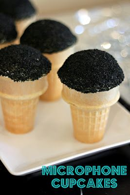 microphone cupcakes and dance party ideas - my kind of party.    Sooo frikin cute