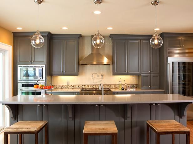 Steely Gray Kitchen: Paintings Kitchens Cabinets, Ideas, Kitchens Design, Cabinets Colors, Traditional Kitchens, Grey Kitchens, Gray Cabinets, Pendants Lights, Kitchen Cabinets