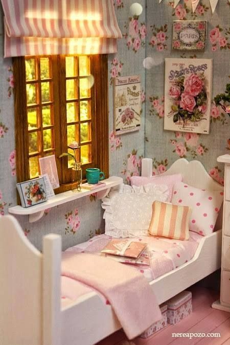 Girl 39 s bedroom in pink and aqua sweet cottage decor - Decoracion shabby chic dormitorios ...