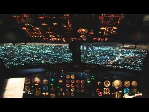 Impresionante Ciudad de Mexico de Noche - Boeing 737 Cabina Pilotos AICM - YouTube