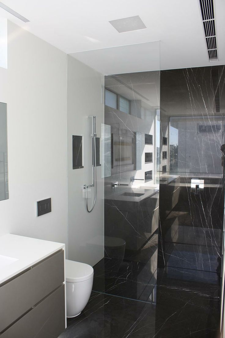 Glass Shower Screen - Glass Xpressions, Brisbane - http://www.glassxpressions.com.au/